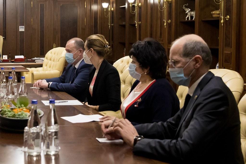 09.03.2021 Președintele Parlamentului, Zinaida Greceanîi, a convocat o nouă ședință cu participarea membrilor Guvernului în exercițiu