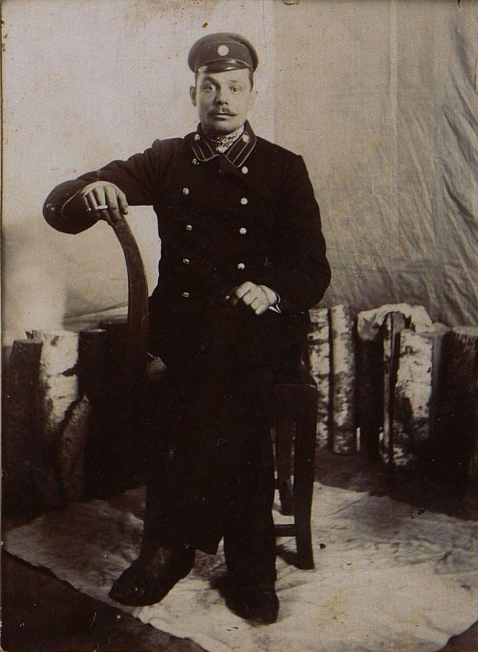 Коняев Николай Егорович, рабочий депо станции Рузаевка. 1910