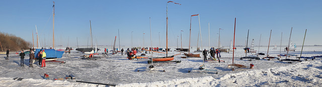 A happy gathering of ice sailors in Monnickendam