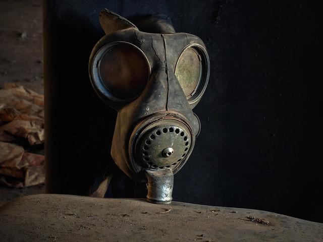 Mask - biological warfare