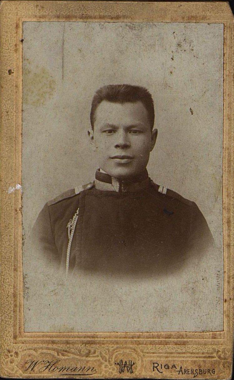 Веретенников Михаил Васильевич, машинист станции Рузаевка Московско-Казанской железной дороги. 1903