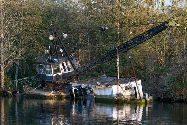 Sunken crane ship at Spencer Island