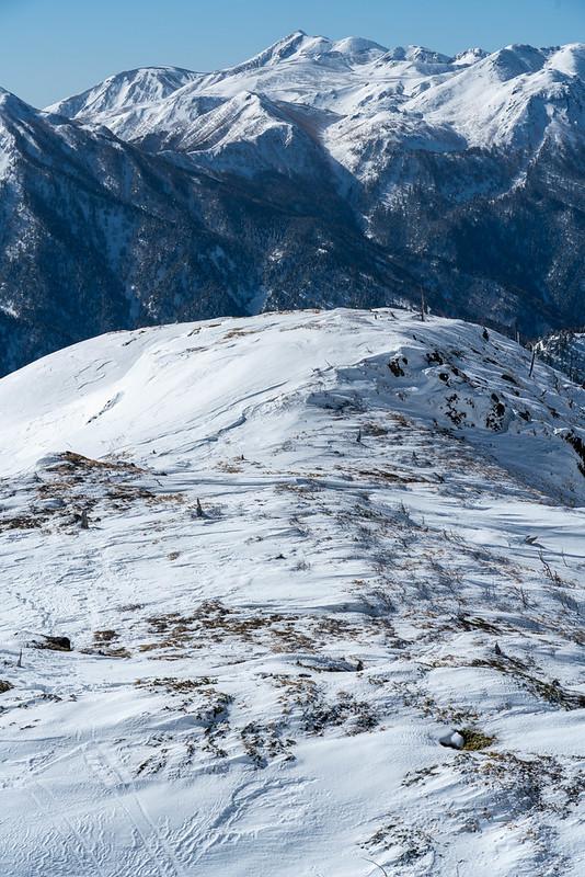 焼岳から見える乗鞍岳