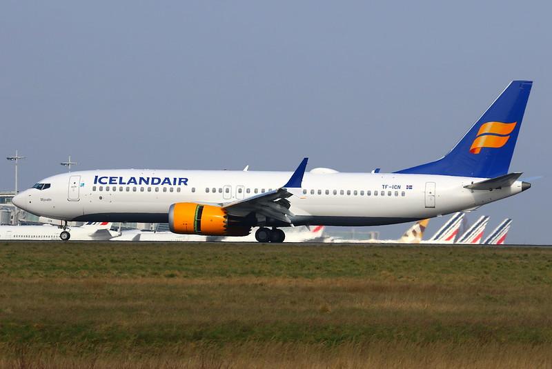 Icelandair Boeing 737-8 MAX TF-ICN