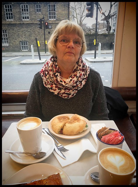 Breakfast at GAIL´s Bakery at King´s Rd. in London.