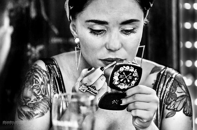 Un diálogo íntimo en el Café del Mercado. (An intimate dialogue in the Market Coffee)