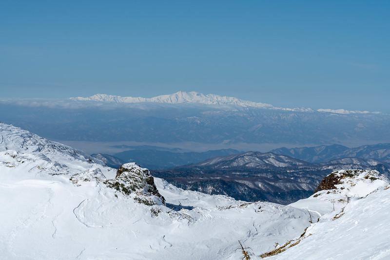 焼岳から見える白山連峰