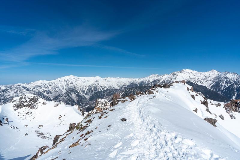 焼岳南峰の山頂からの展望