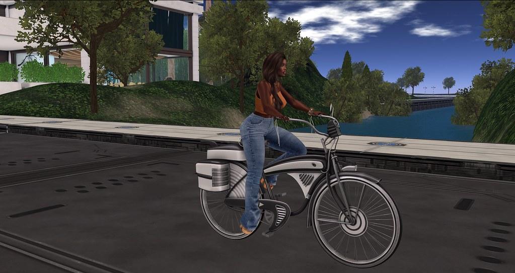 Riding around Horizons