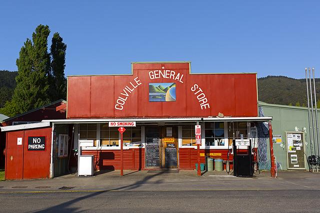 Nouvelle-Zélande, Colville General Store / New Zealand, Colville General Store