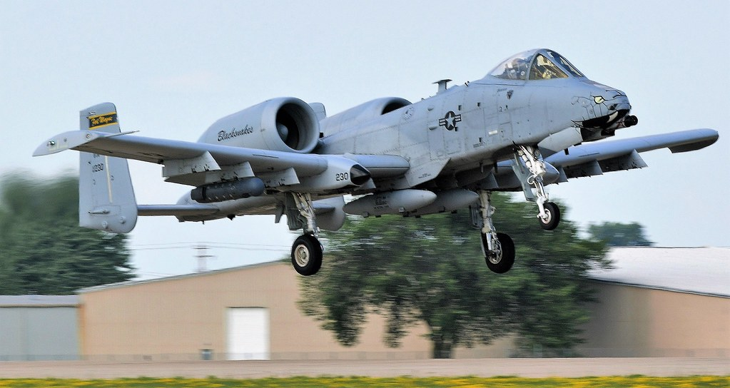 Fairchild Republic A-10 Thunderbolt II  Jet Warthog USAF Blacksnakes Indiana Air National Guard Fort Wayne 230