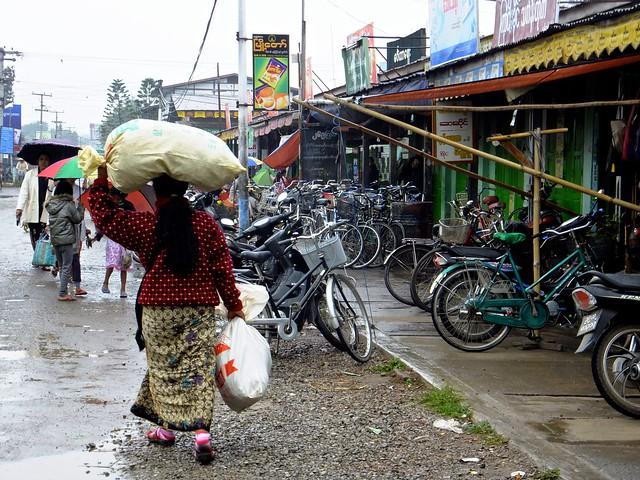 Rainy day in Nyaung Shwe