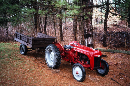Red Ford Tractor (2)