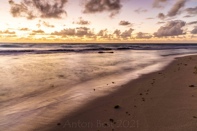A cAve baY morning 5