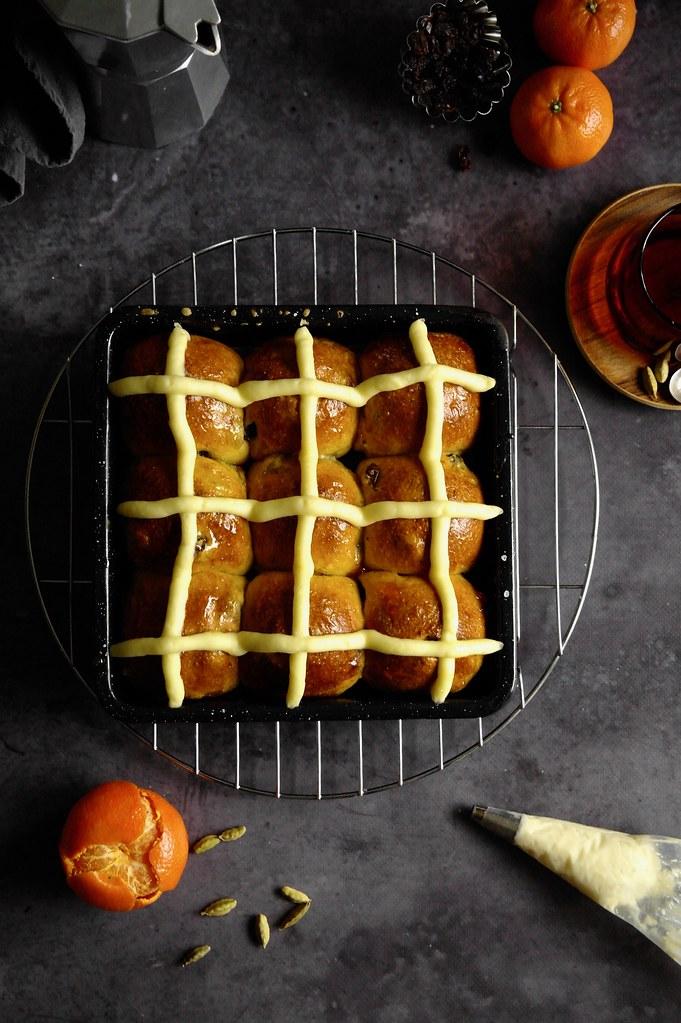 saffron and cardamom hot cross buns