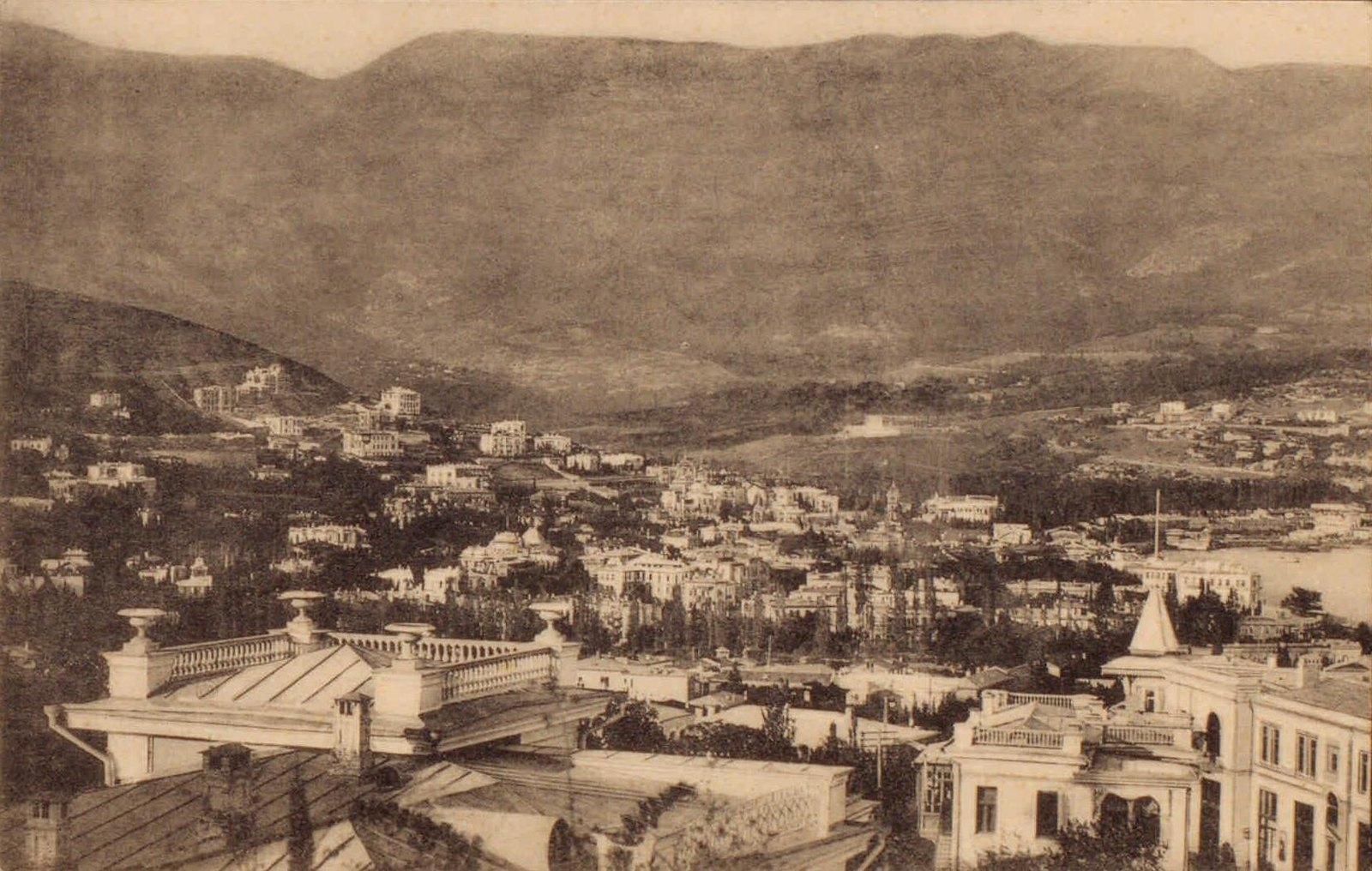 15. Вид с западной стороны