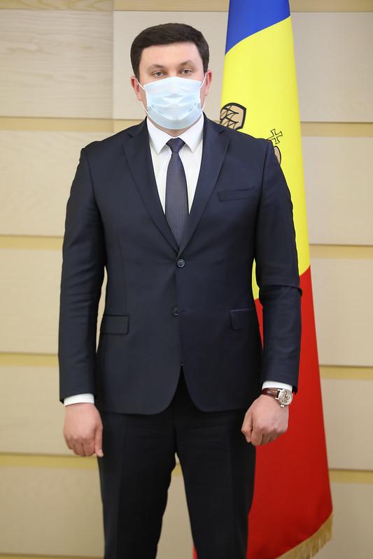11.03.2021 Briefing de presă al deputaților Fracțiunii PSRM, Vladimir Odnostalco si Alla Darovannaya