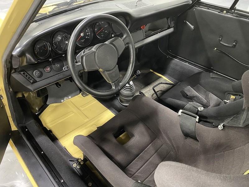 Porsche-911-RSR (5)