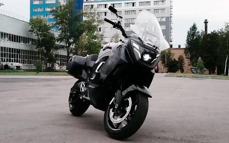 Какой он новый российский премиальный электромотоцикл Aurus 27