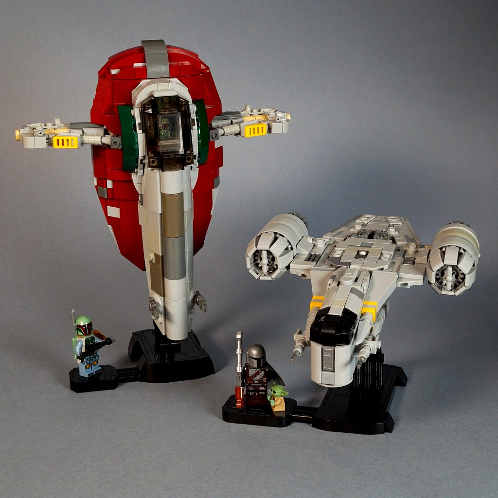 Now with minifig stands
