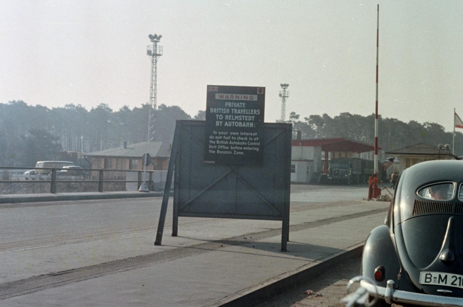 04. Западный Берлин. Пограничный переход на Хеерштрассе.