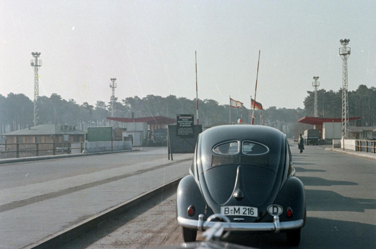 06. Западный Берлин. Пограничный переход на Хеерштрассе.