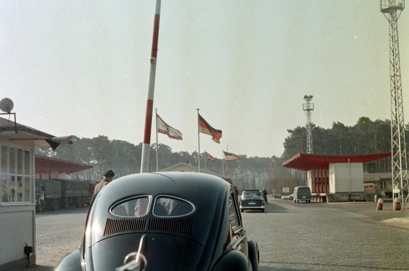 05. Западный Берлин. Пограничный переход на Хеерштрассе.