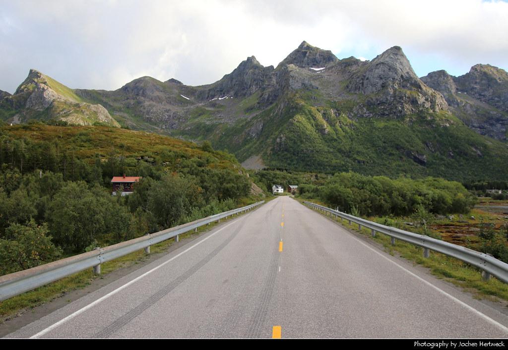 E10 near Lyngvær, Lofoten, Norway