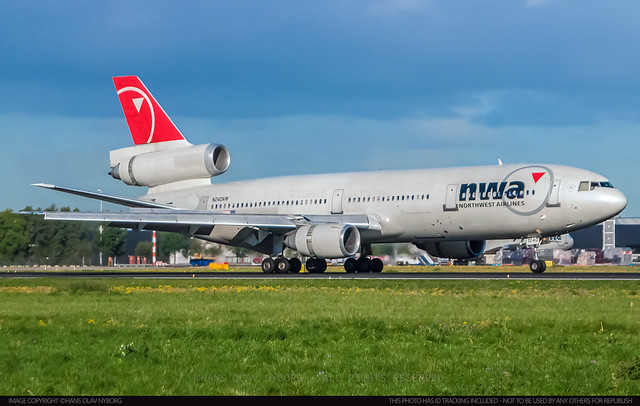 Northwest Airlines, N240NW, DC-10-30 (48319)