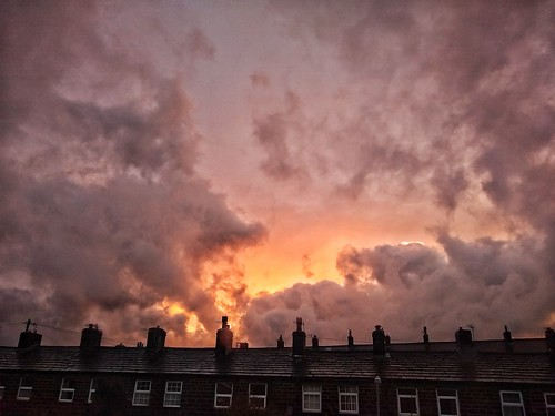 snapseed motorola phone silsden cottages sunset clouds fire sky orange dramatic weather