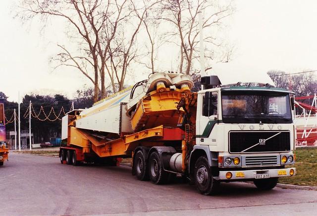 Volvo F1233 6x4 Foire du Trône Vincennes (94 Val de Marne) 1989a