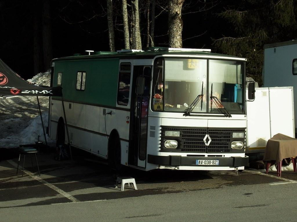 Renault S53 Camping-Car Passy - Plaine - Joux (74 Haute-Savoie) 24-02-21a