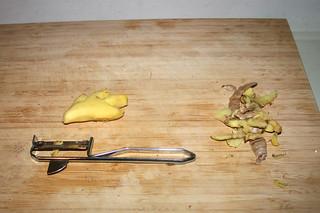 02 - Peel ginger / Ingwer schälen