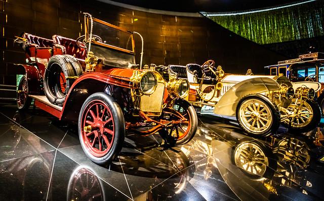 Mercedes-Museum Stuttgart-032