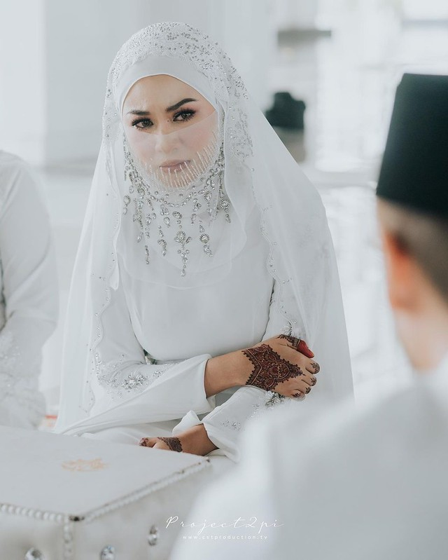 Risteena &Amp; Isa Khan Akhirnya Selamat Bernikah Di Majlis Ringkas Patuh Sop