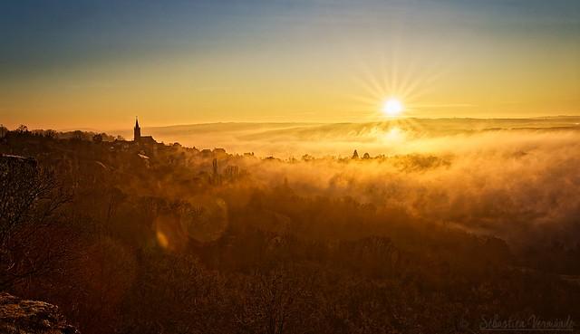 Village of Faycelles at sunrise - Village de Faycelles au lever du soleil