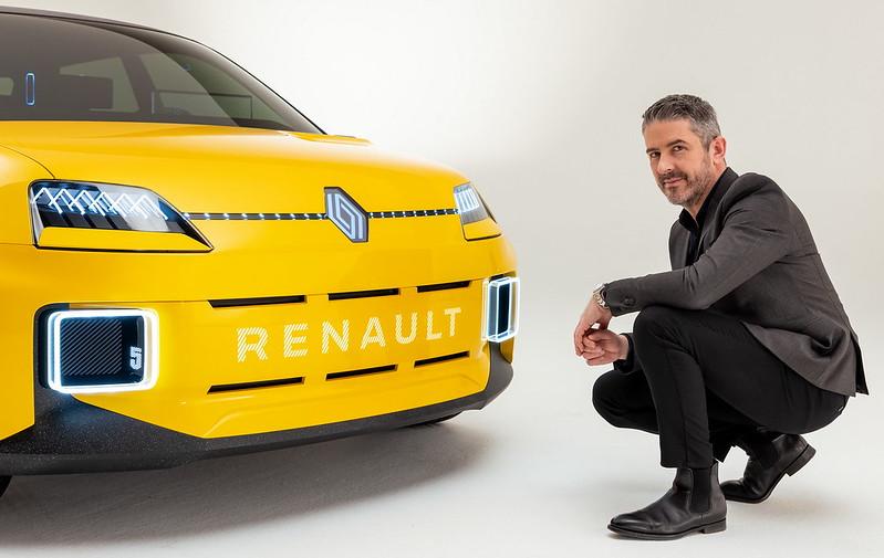 2021-Renault-5-Prototype-and-Gilles-VIDAL-designer_2