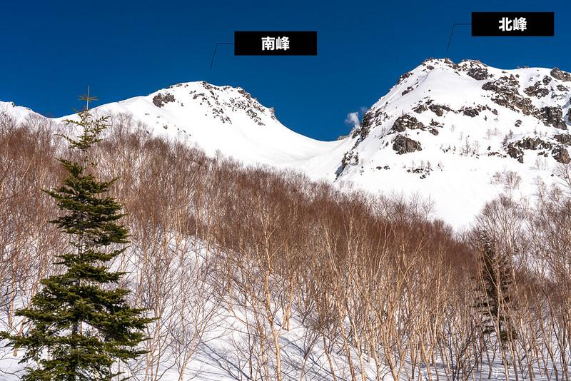 焼岳の南峰と北峰