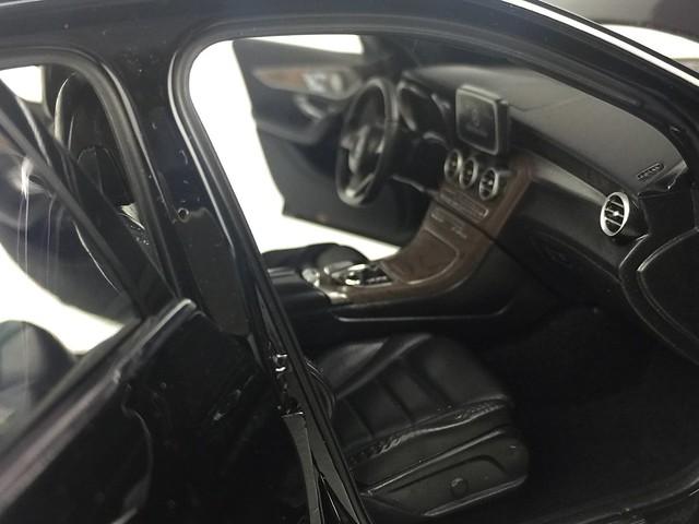 Mo hinh o to GLC Mercedes Benz 1 18 Norev xe hoi car (36)
