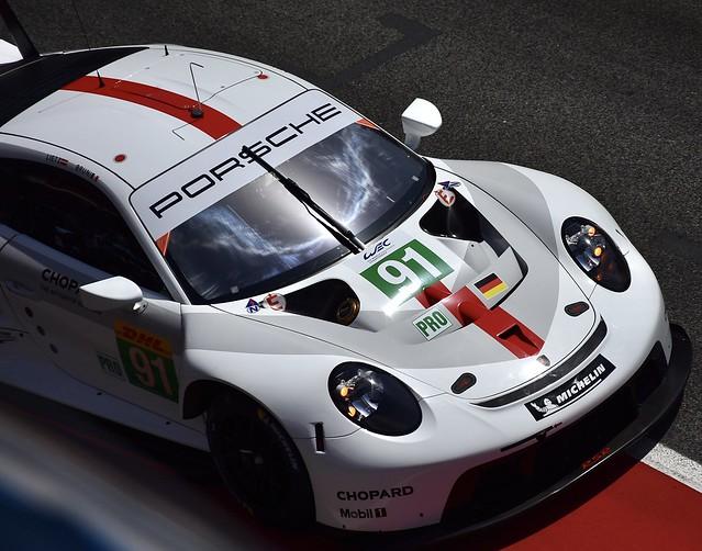Porsche 911 RSR...