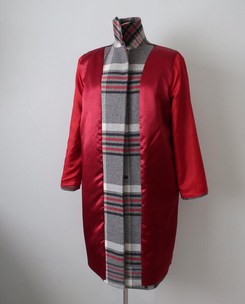 Plaid coat inside lining