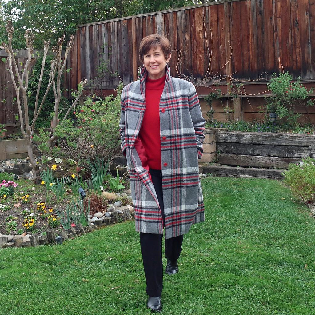 Plaid coat unbuttoned1