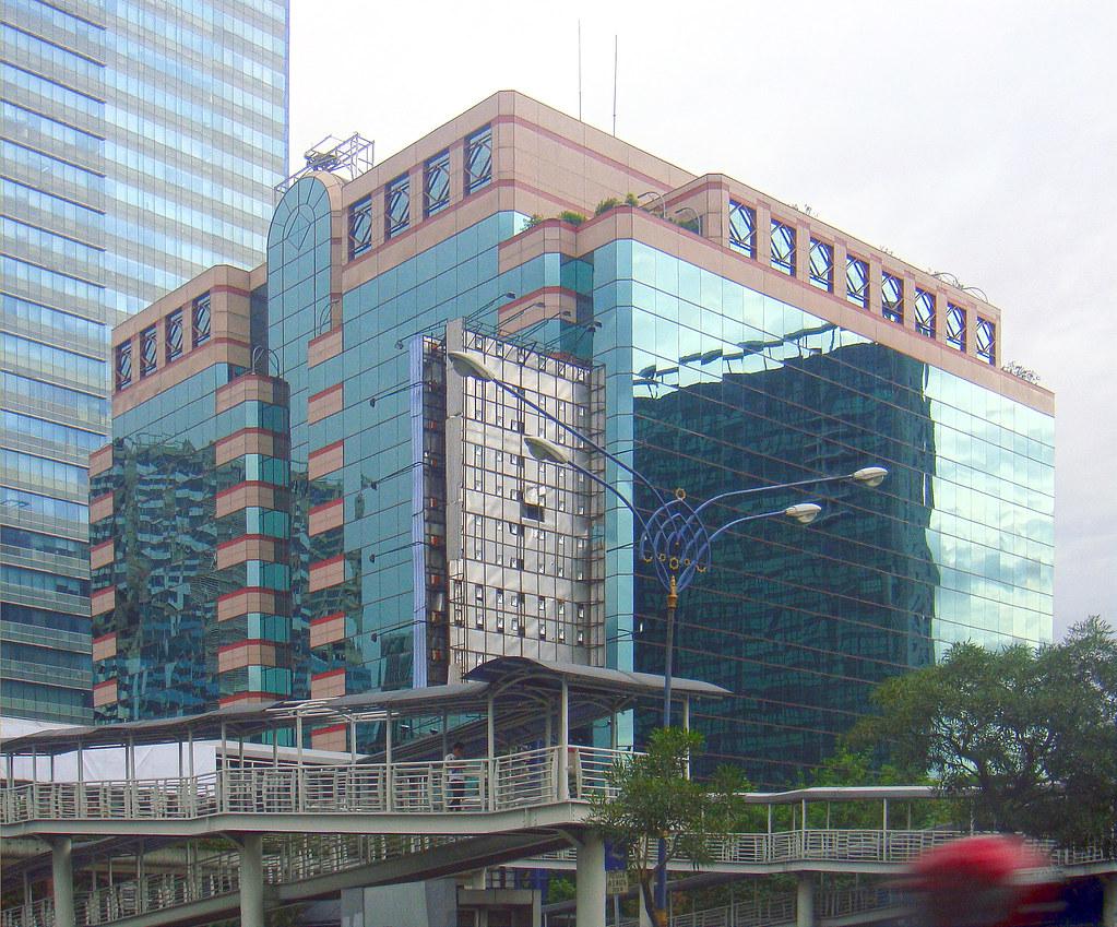 Plaza 89