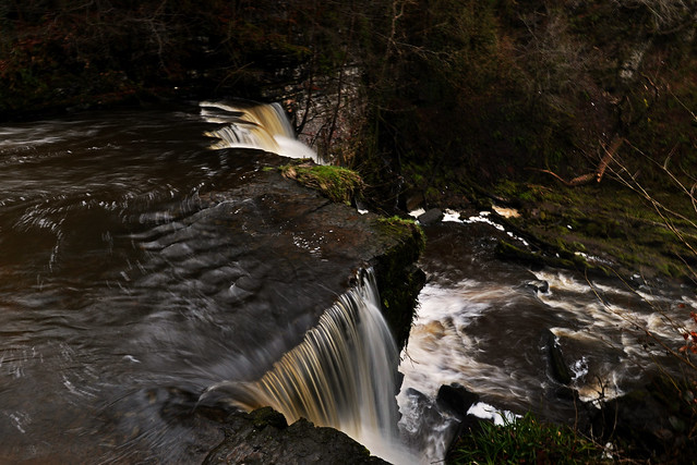 Lynn Waterfall, Dalry