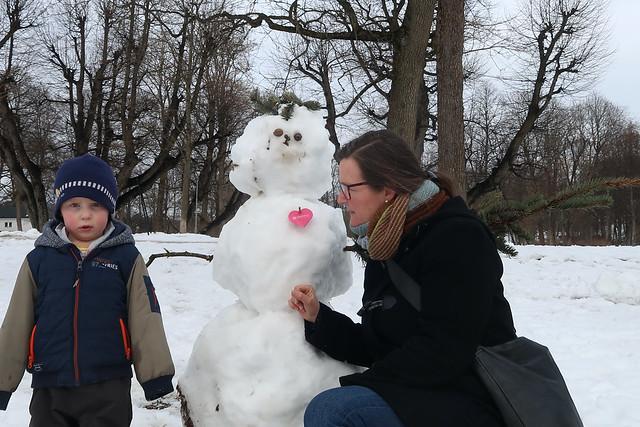 Sondre er ikke helt sikker på denne snømannen