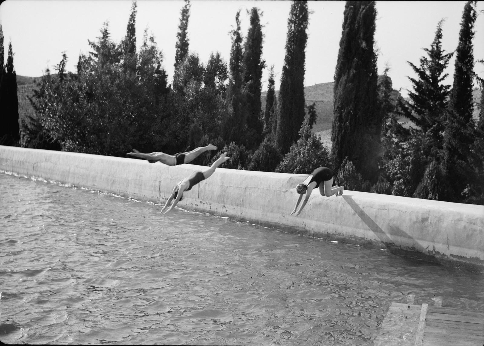 07. Погружение в глубокую воду верхнего бассейна