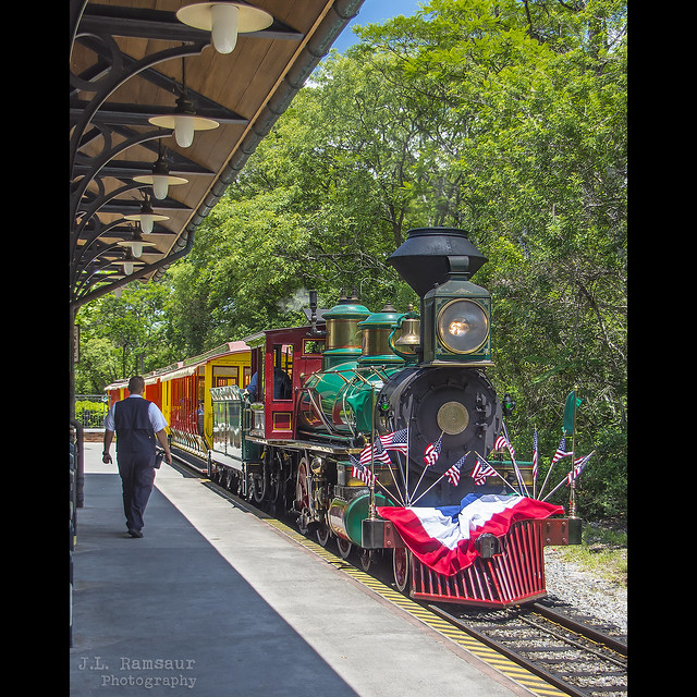 Walt Disney World Railroad Engine No.3 Roger E. Broggie - Disney's Magic Kingdom