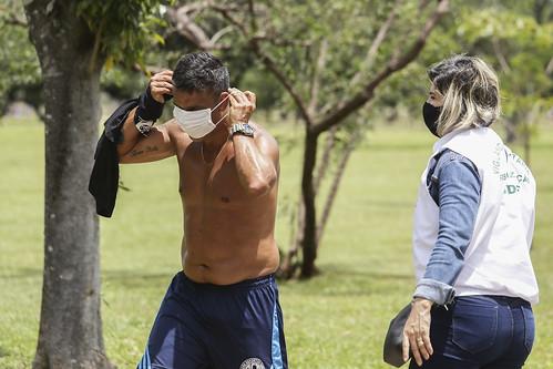 Vigilância Sanitária checa uso de máscara no Parque da Cidade