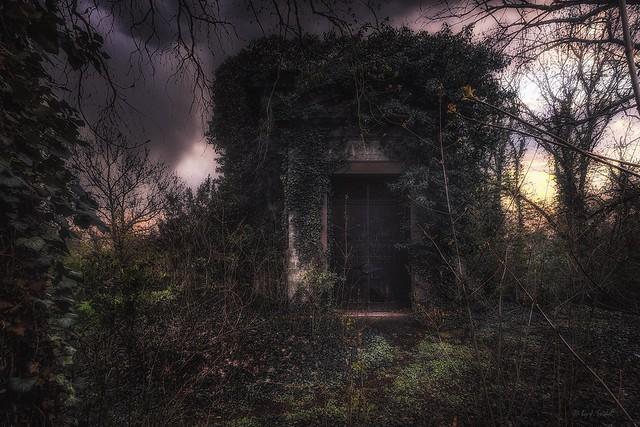 the forgotten mausoleum