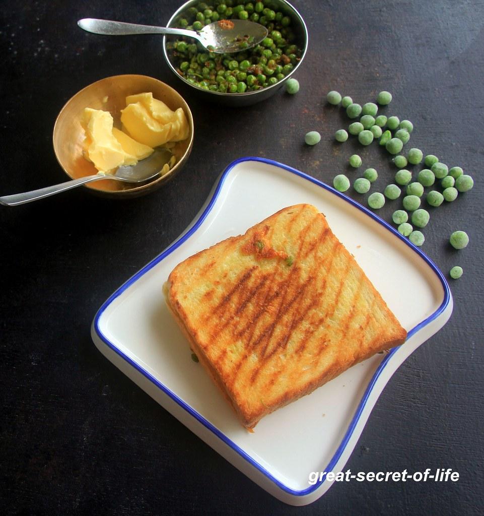 cheesy peas sandwich - bread sandwich recipes - breakfast, snack, brunch recipes - kids friendly recipes
